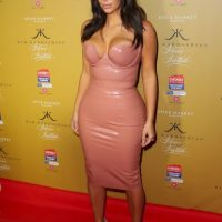 Tras algunos rumores, el 30 de diciembre de 2012, Kanye anunció que estaban esperando un bebé Foto:Getty Images