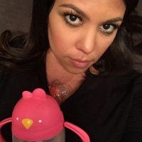 Kourtney Kardashian suele aparecer en pocas fotos sin maquillaje Foto:Instagram