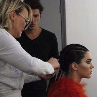 Kendall Jenner ha tratado de abrirse por sí sola un camino en la moda. Pero la fama de su familia también ha influido. Sin embargo, ella ha llegado a portadas de grandes revistas como Vogue. Y ha desfilado para icónicas firmas. Foto:Instagram