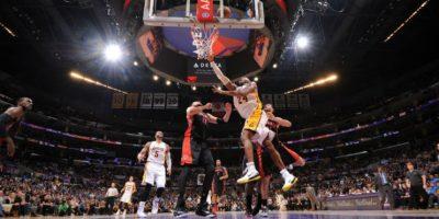 A sus 36 años, Kobe es una de las estrellas de la NBA. Foto:AFP