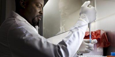 Verdad 9: El único fluido que queda en estos alimentos es la saliva, la cual NO es un fluido con la capacidad de transmitir el VIH. Foto:Getty Images