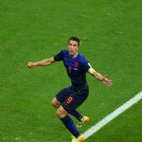 El holandés Robin Van Persie marcó uno de los mejores goles del año el segundo día de Brasil 2014 Foto:Getty Images