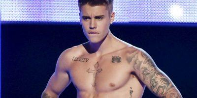 Acusan a padre de Justin Bieber de lanzar su perro desde un segundo piso