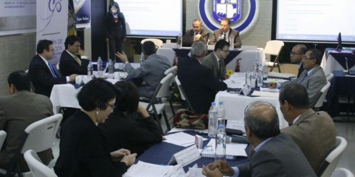 Queda integrada nómina de los seis finalistas a dirigir la CGC