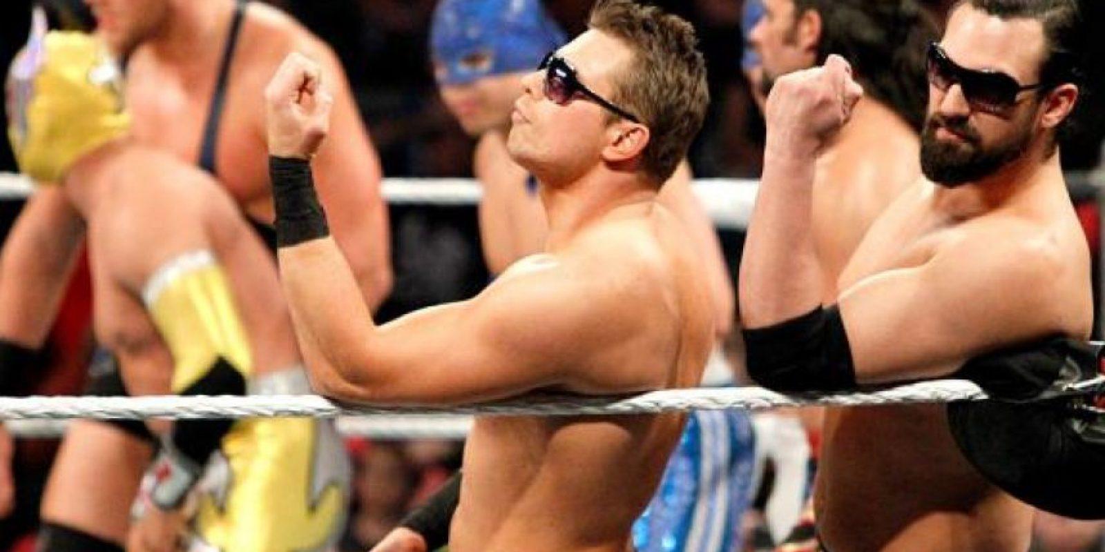 El hombre que se hace llamar Asombroso tiene 34 años Foto:WWE