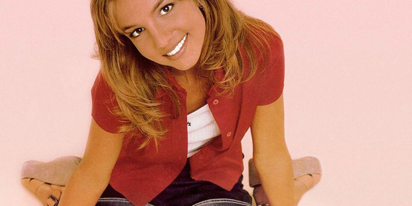 """El 12 de junio 1999, presentó su primer álbum """"…Baby one more time"""" Foto:Britney Spears.com"""