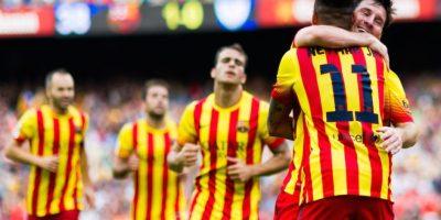 Leo se funde en un abrazo con Neymar. Foto:Getty Images