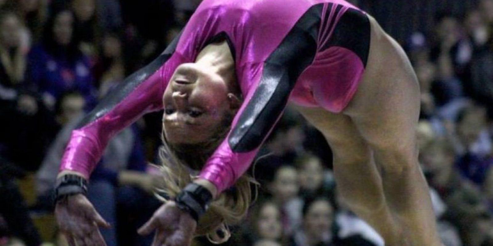 """Tenía 21 años de edad y era """"una gimnasta talentosa"""". Foto:facebook.com/brooke.baures"""