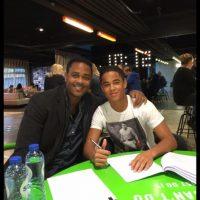 Acaba de firmar su primer contrato con Nike Foto:Twitter: @patrickkluivert