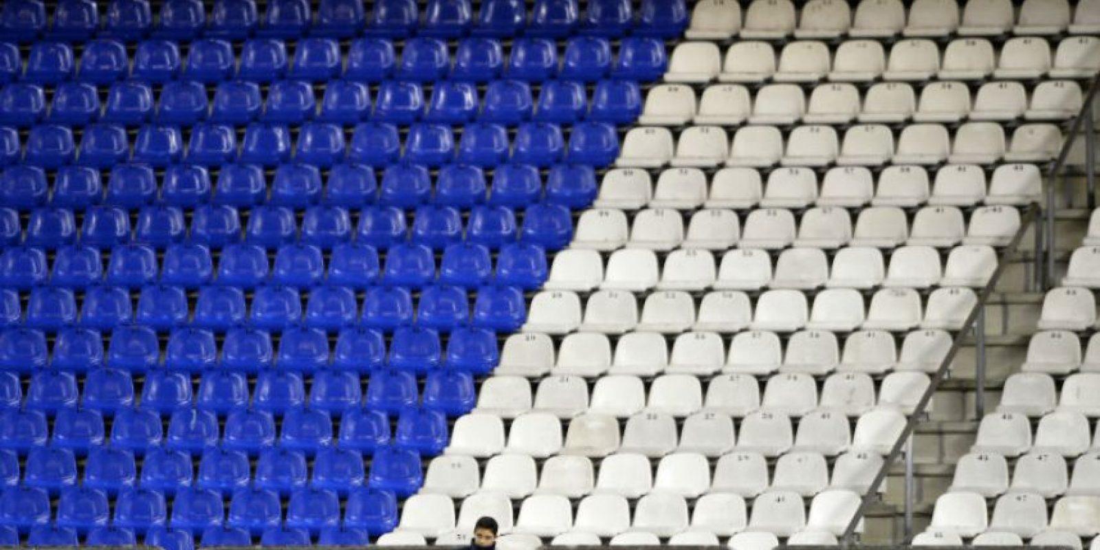 Así lució el estadio Riazor durante el juego entre el Deportivo y el Málaga, el miércoles. Foto:AFP