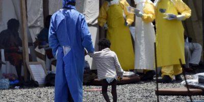 Ébola pone en riesgo el futuro educativo de 5 millones de africanos