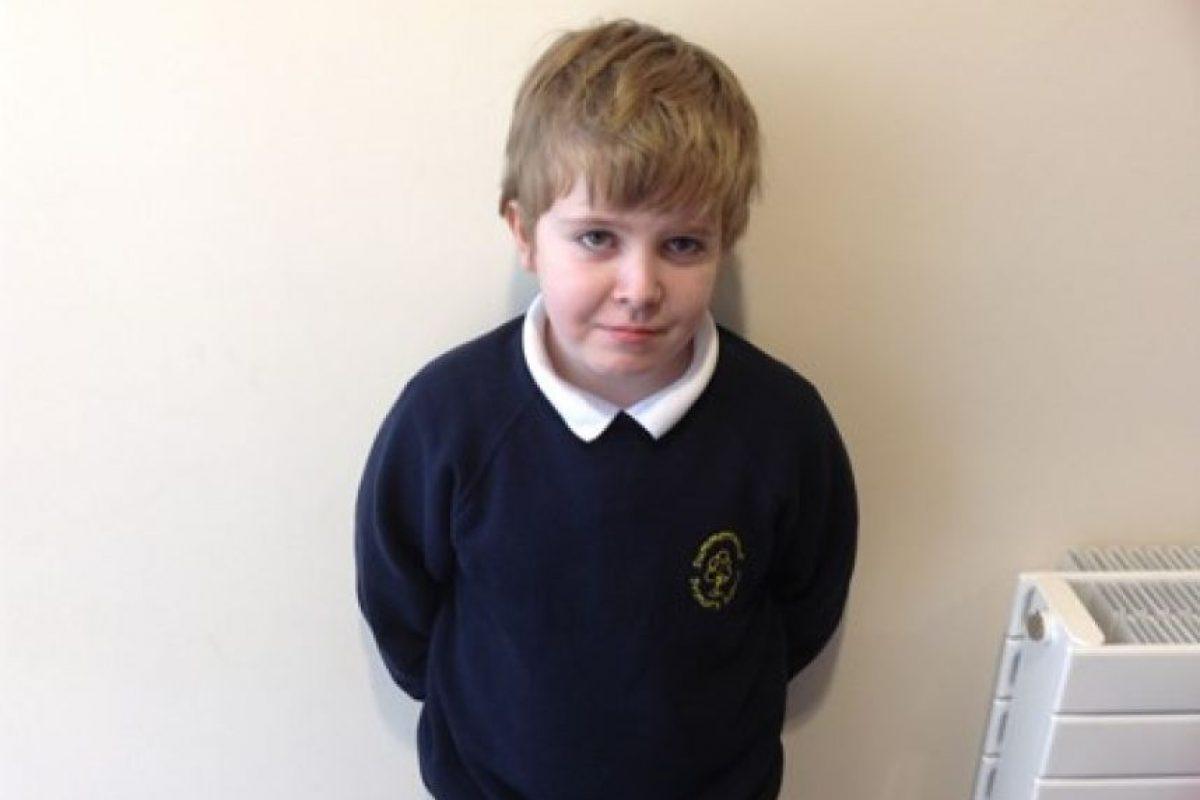 Peter era un pequeño que cursaba el tercer grado de primaria. Foto:peter-millscoles.muchloved.com