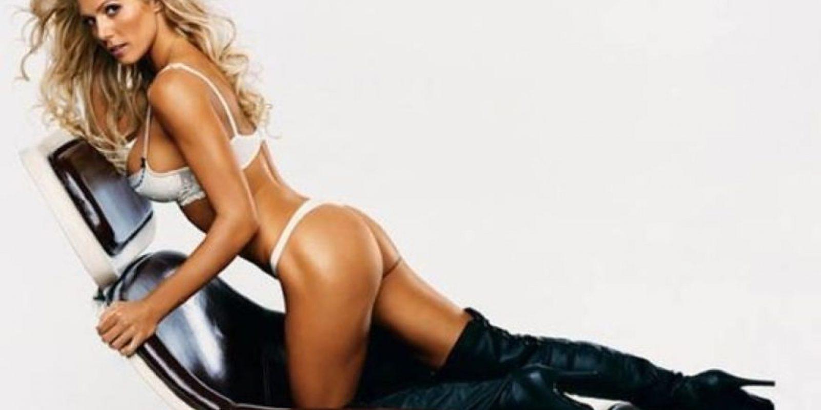 La modelo y entonces diva de la WWE fue la portada de la edición de septiembre de 2006. Foto:FHM