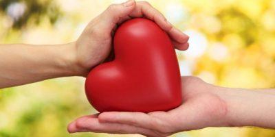 Un estudio realizado por el Instituto de Investigaciones de Nueva Inglaterra afirmó que tener sexo dos veces a la semana reduce el riesgo de padecer una enfermedad cardiovascular en un 45%. Foto:Wikimedia
