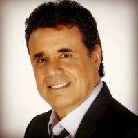 El productor radial puertorriqueño murió este 2 de diciembre de un infarto fulminante al corazón. Foto:Vía Facebook/Losetodo