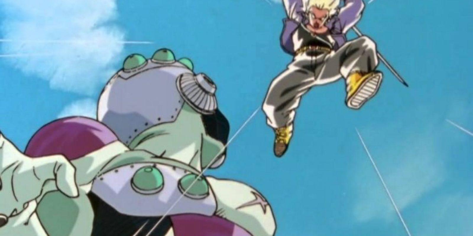 Cuando Freezer trata de reconquistar la Tierra, lo derrota fácilmente. Foto:Toei