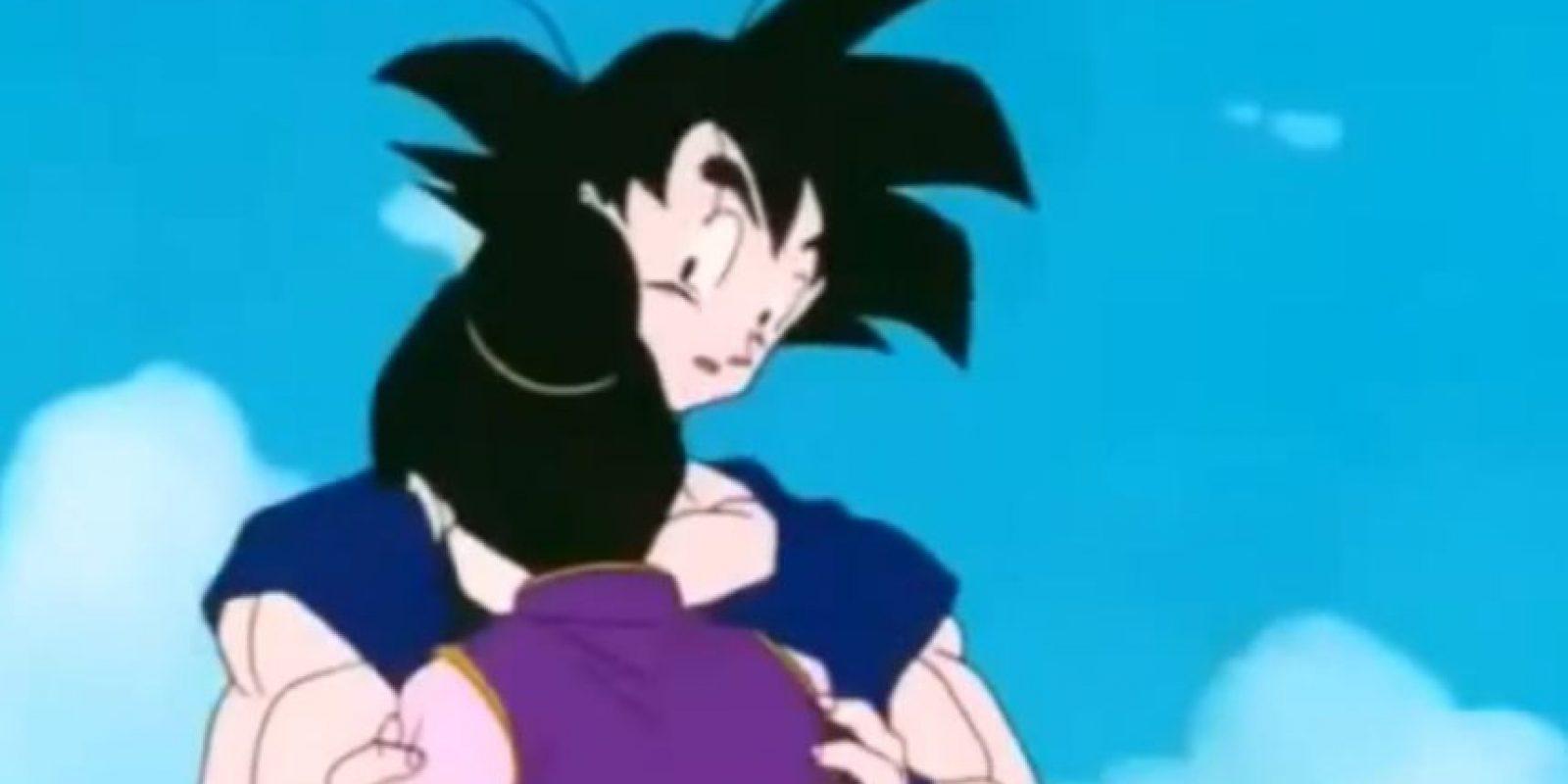 Goku se recupera. Foto:Toei