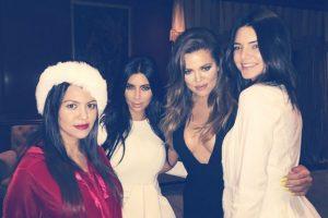 Kim, Kourtney, Khloe y Kendall Jenner Foto:Instagram @khloekardashian