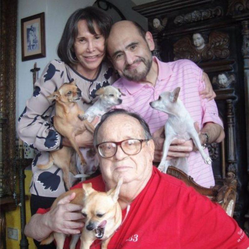 """Su nombre profesional, """"Chespirito"""", se debe al director cinematográfico Agustín P. Delgado, derivado del diminutivo de la pronunciación españolizada del apellido de William Shakespeare Foto:Twitter @ChespiritoRGB"""