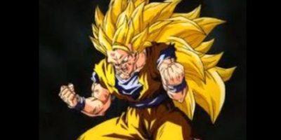 El Supersaiyajin en su fase 3 tiene el cabello aún más largo y lo consiguió después de un fuerte entrenamiento en el Otro Mundo Foto:Wikipedia