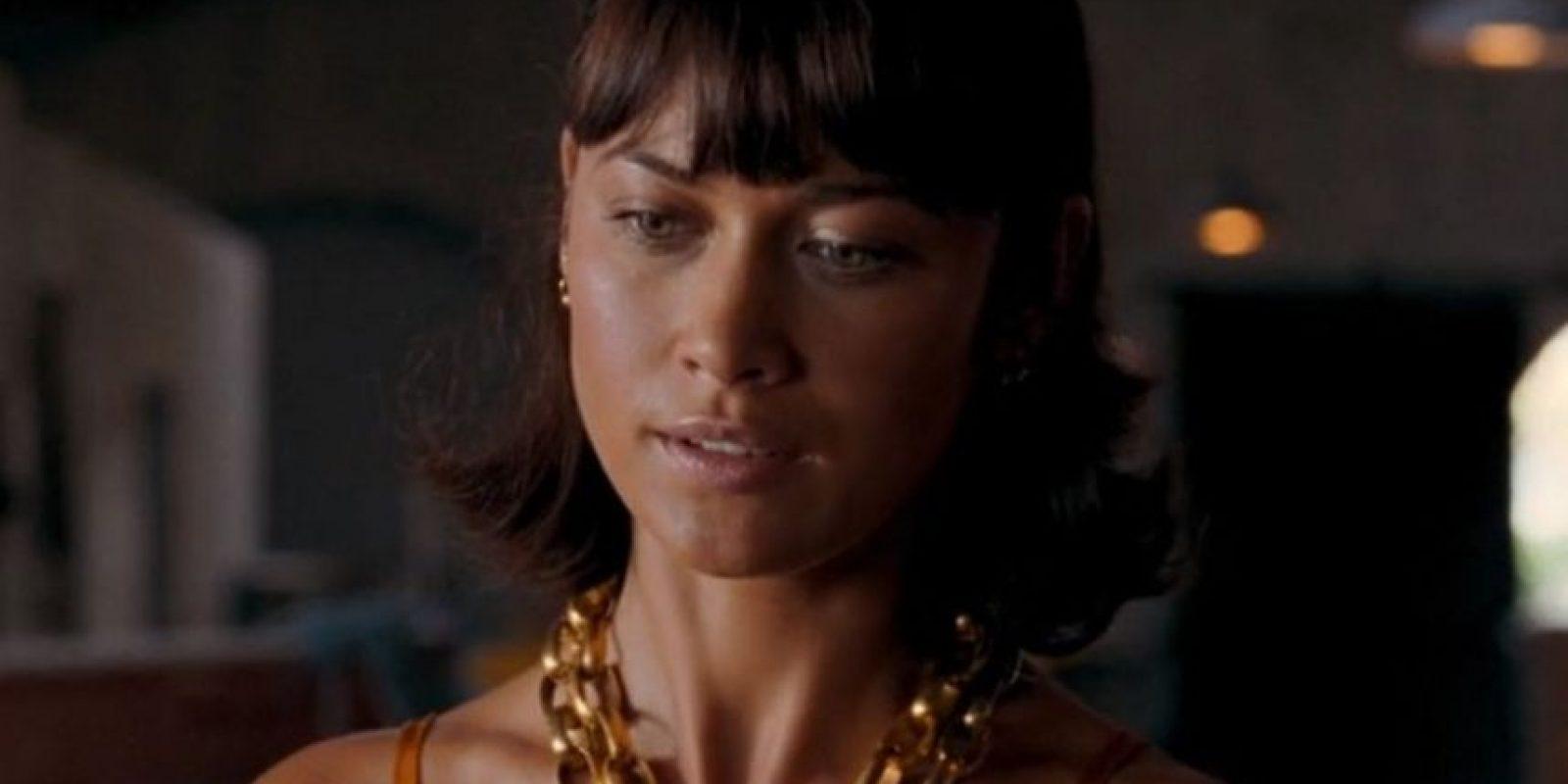 Olga Kurylenco, Camille Montes es la amante de Dominic Green quien la manda a matar porque cree que lo esta traicionando pero ella lo único que busca es vengarse del Gral. Medrano quien asesino y violo a su familia.