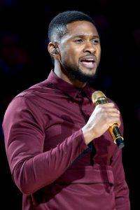 Después de graduarse de la escuela secundaria, Usher continuó desarrollando sus habilidades como intérprete para su segundo álbum Foto:Getty Images