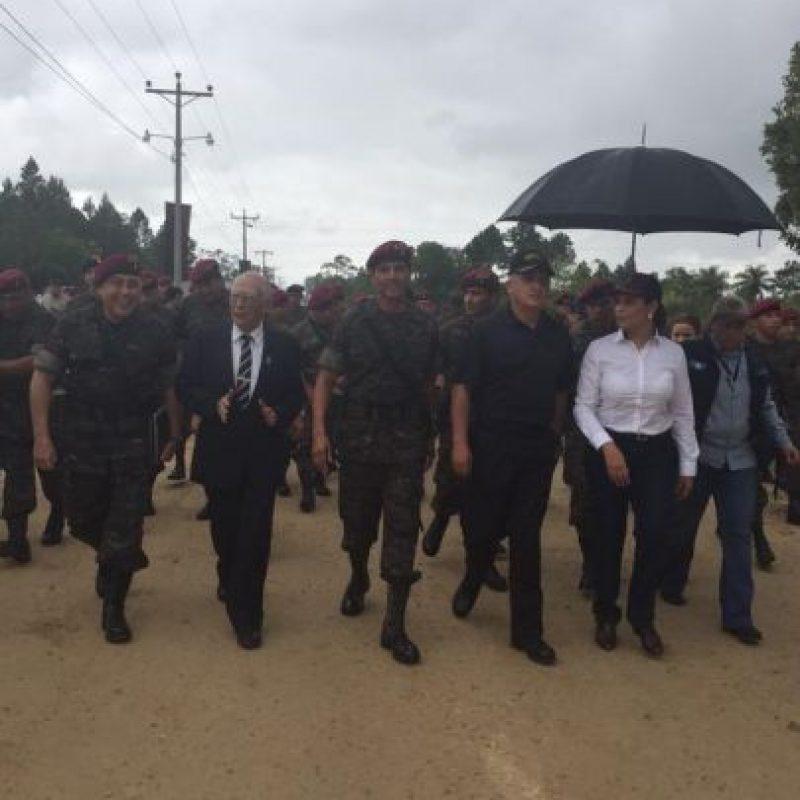 Presidente Otto Pérez en la sede militar Foto:Ejército