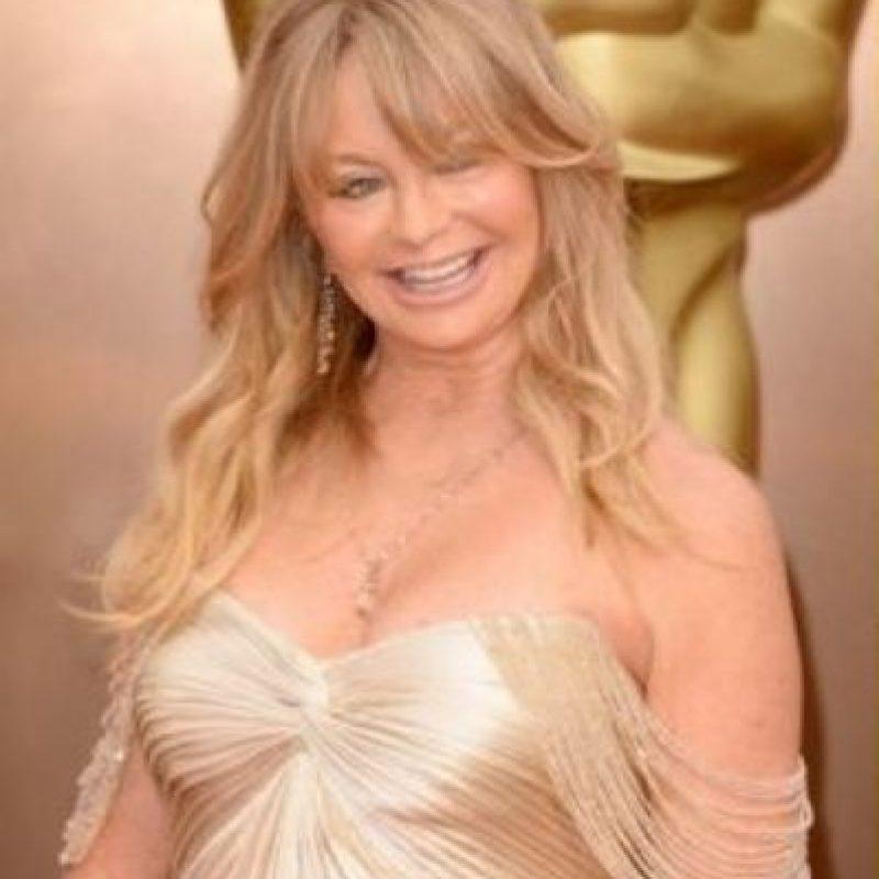"""2. La actriz Goldie Hawn luce como Trixie de """"La dama y el vagabundo"""" Foto:Totally Looks Like"""