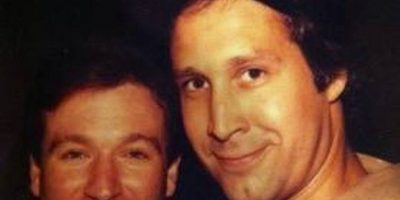Chevy Chase y Robin Williams (década de los 80) Foto:Facebook/Chevy Chase