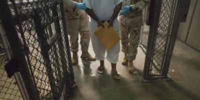 Los seis presos de Guantánamo ya llegaron a Uruguay