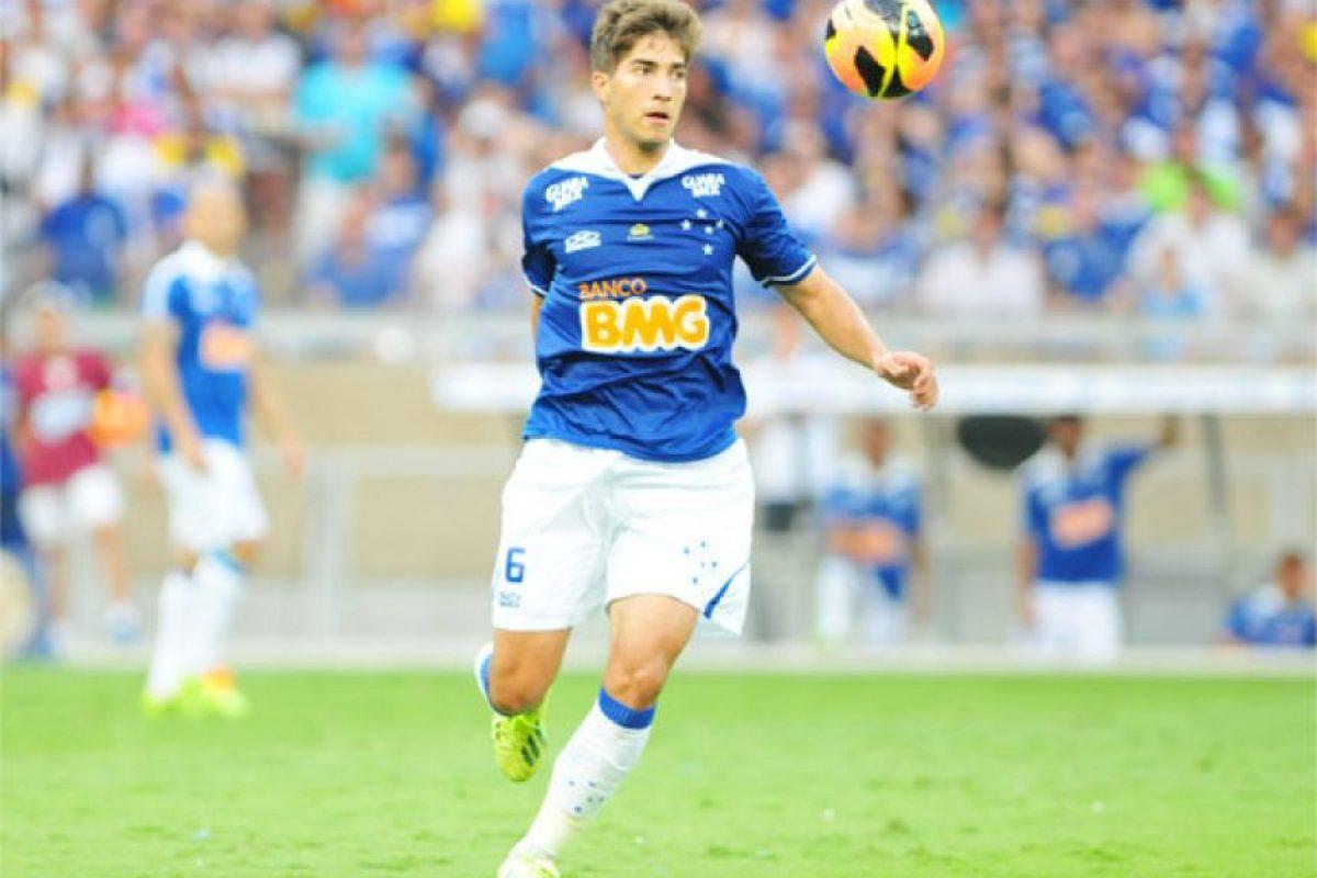 Silva juega con el Cruzeiro, de Brasil. Foto:100x100fan.com