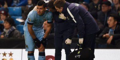 El delantero del Manchester City sufrió un problema en los ligamentos de la rodilla izquierda tras un contacto con un rival. Foto:Getty Images