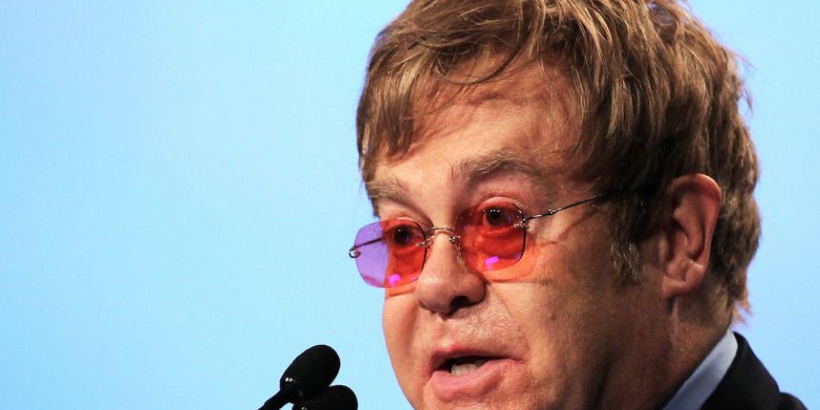 En el pasado, Sir Elton John fue adicto a las drogas y al alcohol Foto:Getty Images
