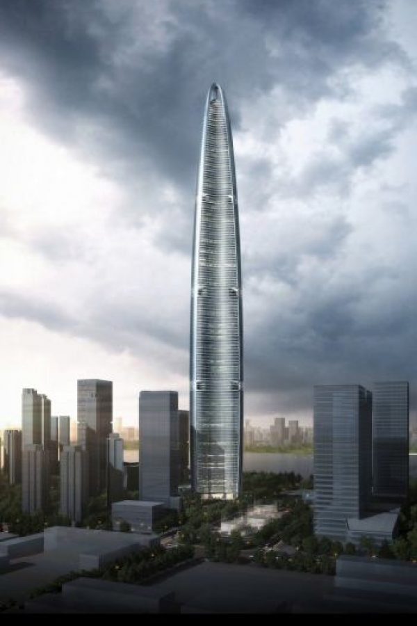 4. Wuhan Greenland Centre en China – 125 pisos – 636 metros (2087 pies) Foto: Adrian Smith + Gordon Gill Architecture – Skyscrapercenter.com