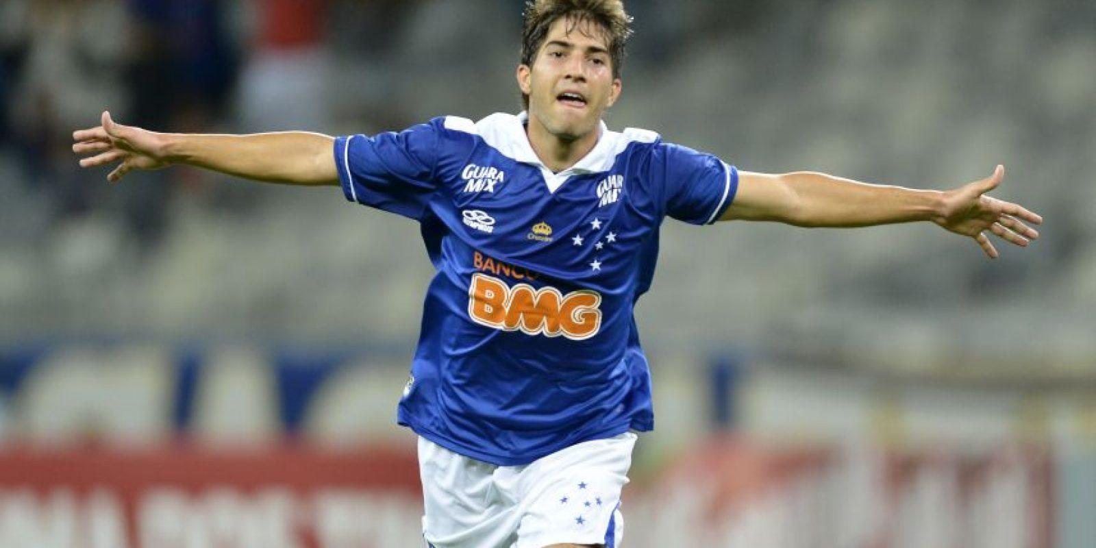 Silva juega con el Cruzeiro, de Brasil. Foto:realidadblanca.com