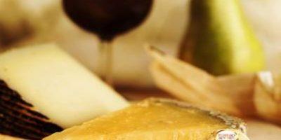 La solución sería que ayuden a los agricultores en el cultivo del cacao. Foto:Vía Facebook/FerreroRocherMX