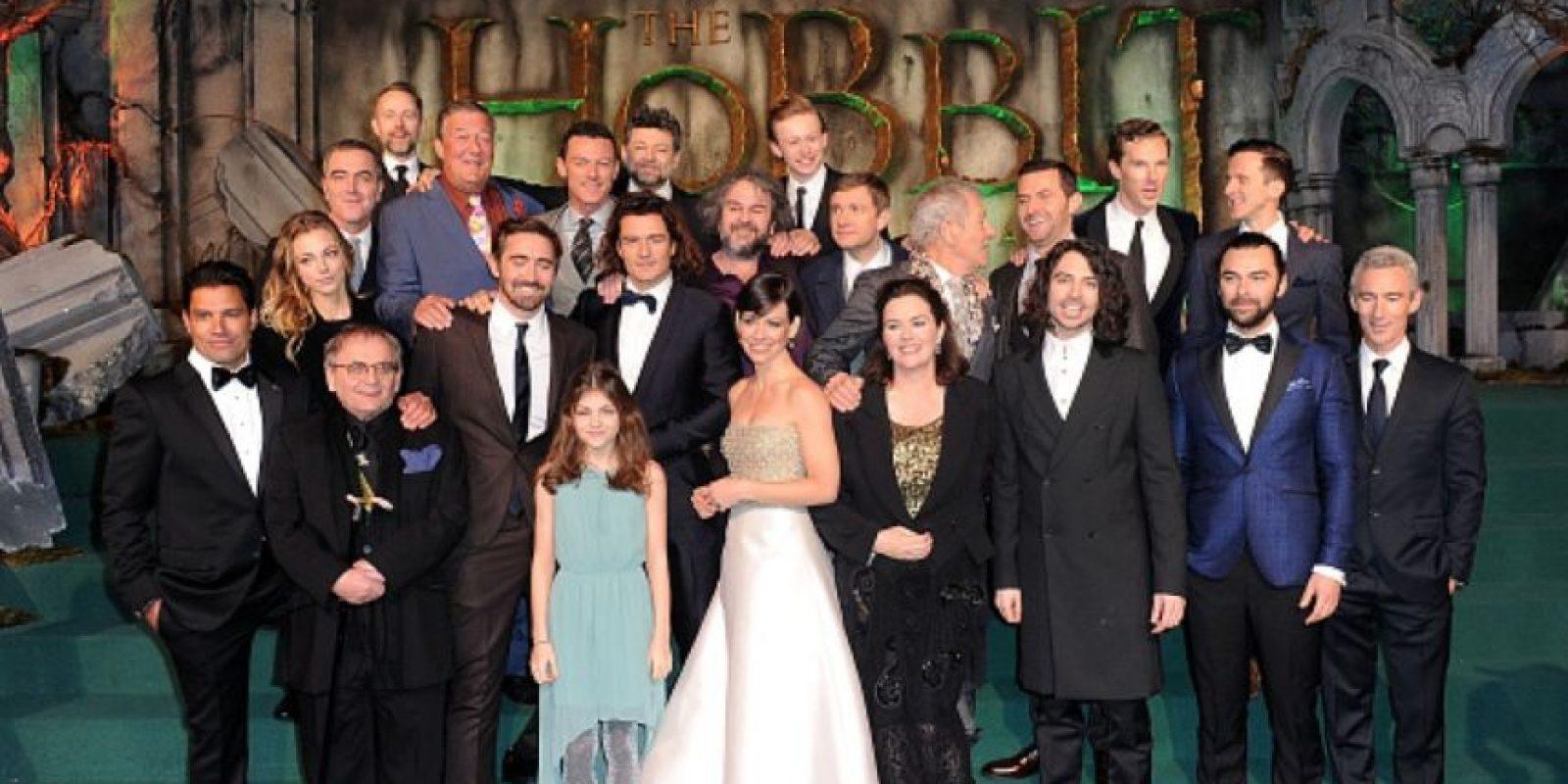 """Aquí, con todo el elenco de """"El Hobbit"""". Foto:Getty Images"""