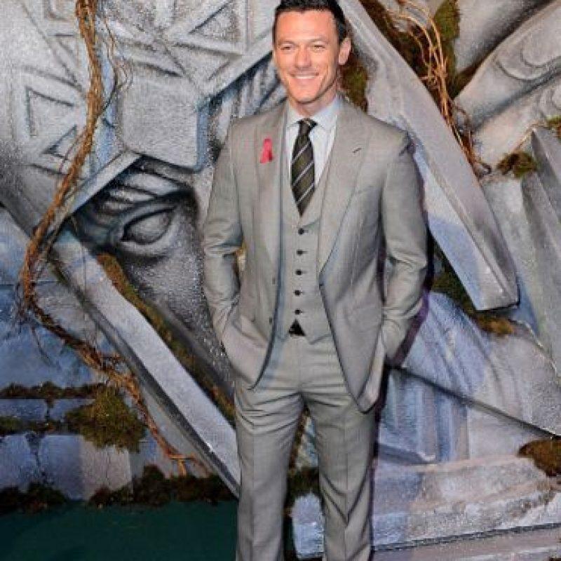 """El actor galés de 35 años ha participado en películas como """"Furia de Titanes"""", """"Rápido y Furioso"""" y """"Drácula"""", entre otras. Foto:Getty Images"""