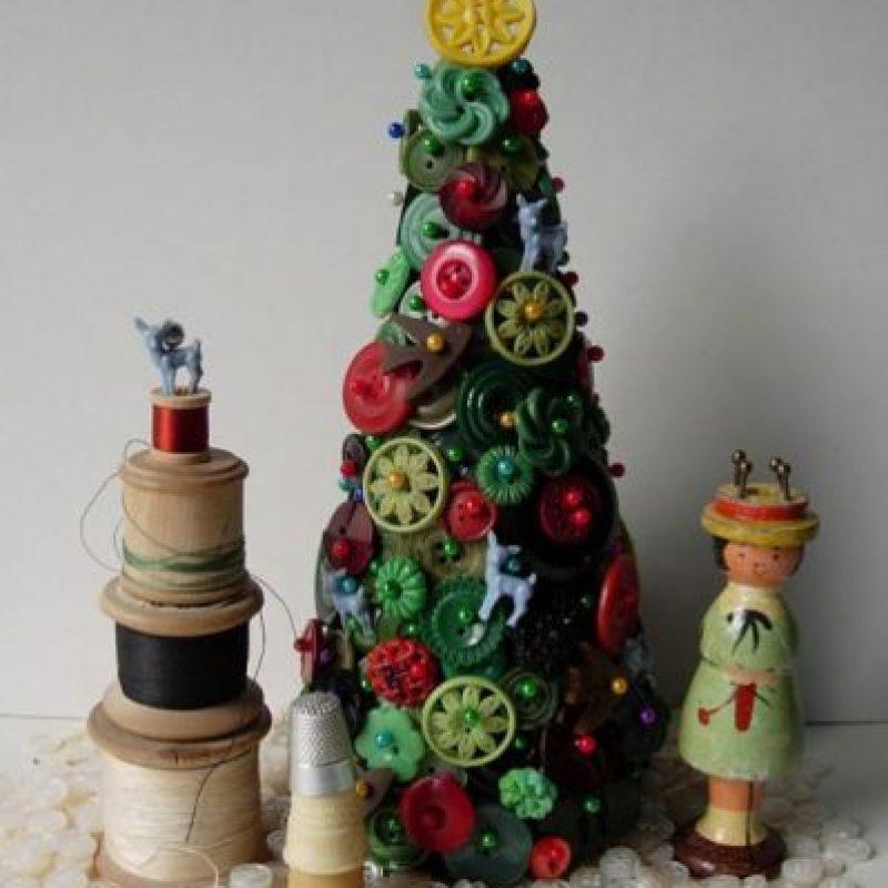 Árbol de Navidad de botones Foto:Tumblr.com/Tagged-árbol-reciclado