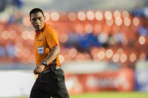 El central guatemalteco Walter López pitará en su primer Mundial de Clubes. Foto:Agencias
