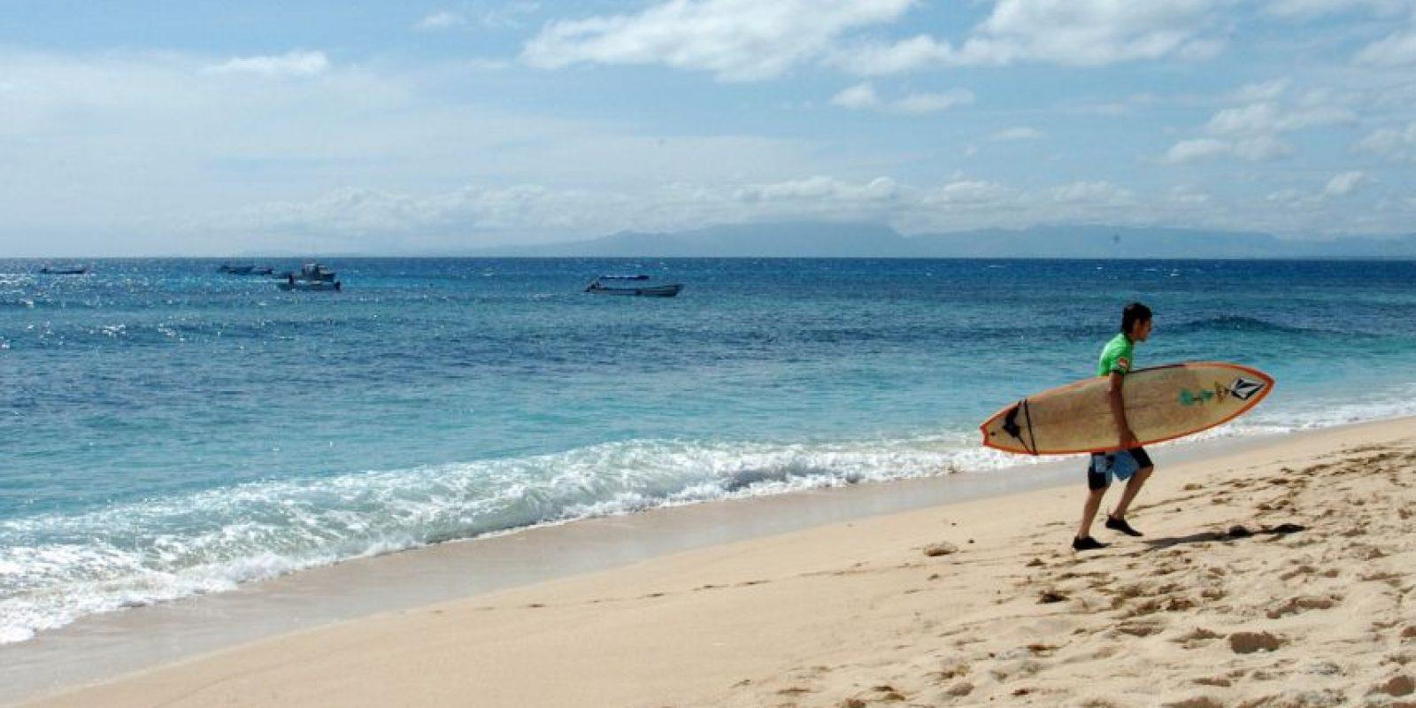 """""""Lo mismo pasa con Fiji. Todo el mundo va a los centros turísticos que están en buenas islas. La capital es una auténtica cochambre"""", sostuvo el usuario Hail_Bokonom. Asimismo, el usuario Nickschluter dijo que es una """"hermosa isla, pero Port Louis es un basurero enorme"""". Foto:Getty"""