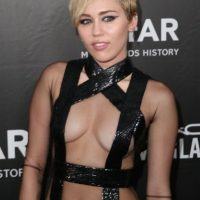 Miley Cyrus ganó 36 millones Foto: Getty Images