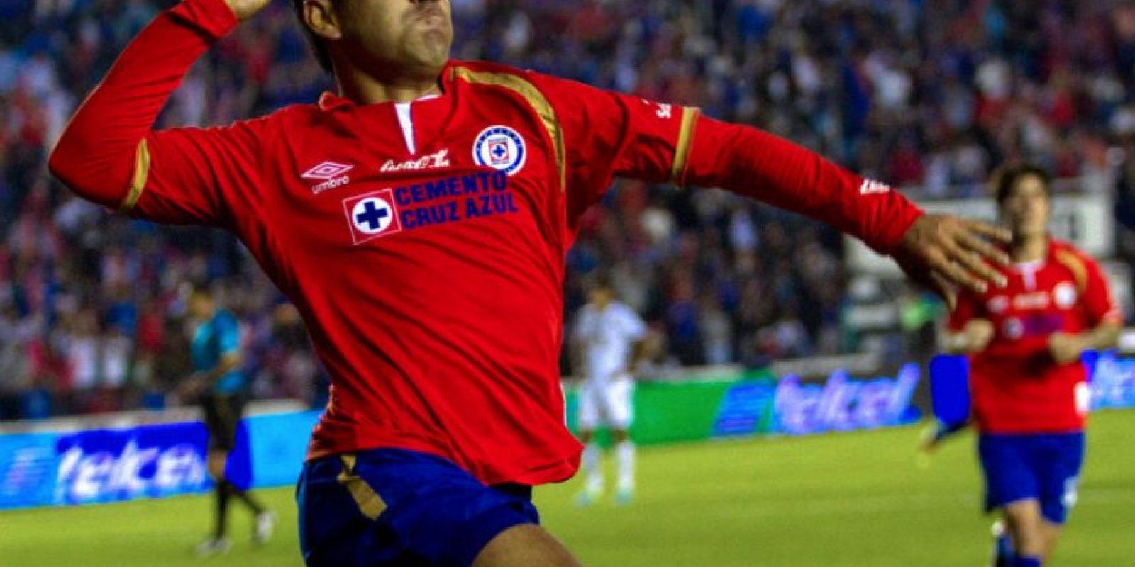 El mexicano Marco Fabián es el jugador estrella del Cruz Azul. Foto:Agencias
