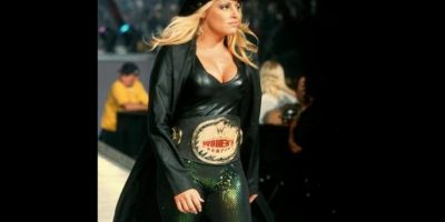 3. Trish Stratus Foto:WWE