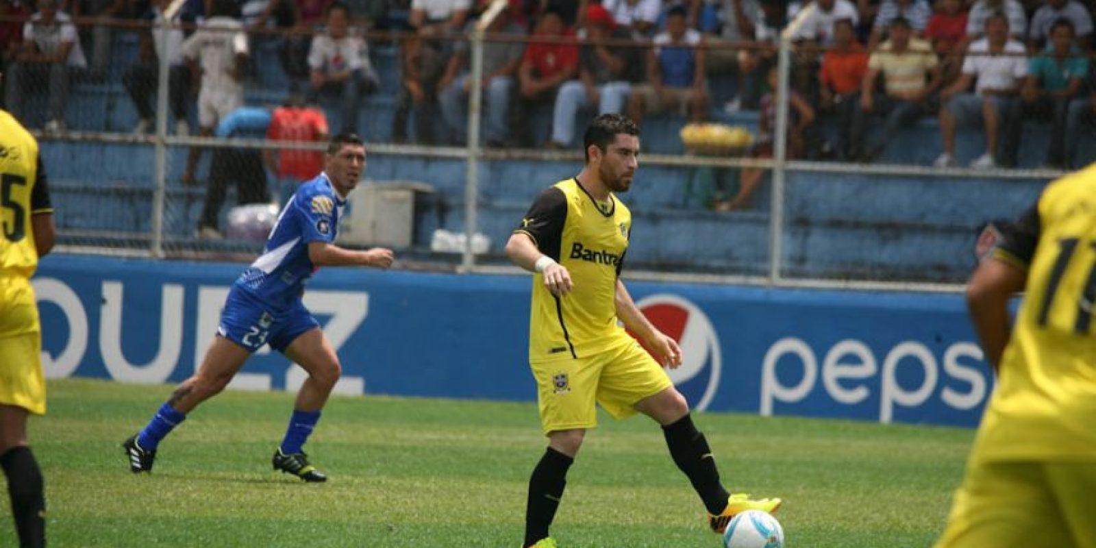 Jean Márquez será baja con Comunicaciones por estar suspendido. Foto:Publinews