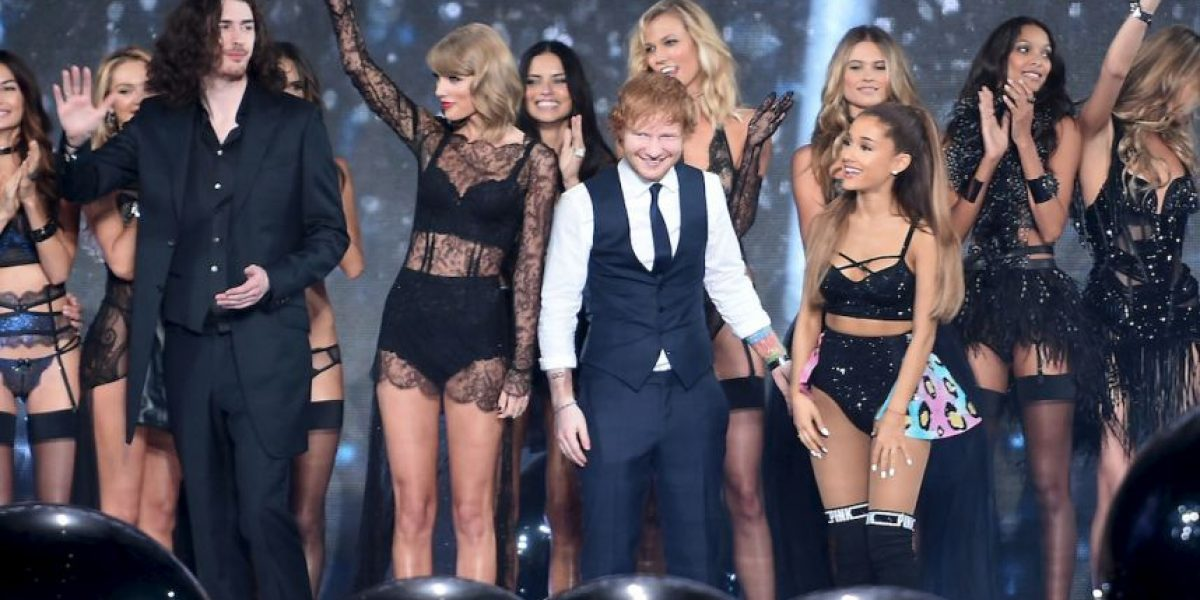 """""""Filtran"""" foto de Ed Sheeran con lencería en el desfile de """"Victoria"""