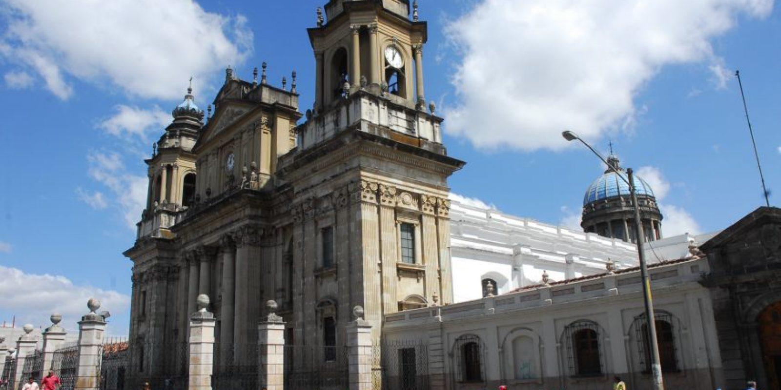 El arzobispo Óscar Vian afirmó que se llevarán a cabo distintas actividades Foto:Publinews