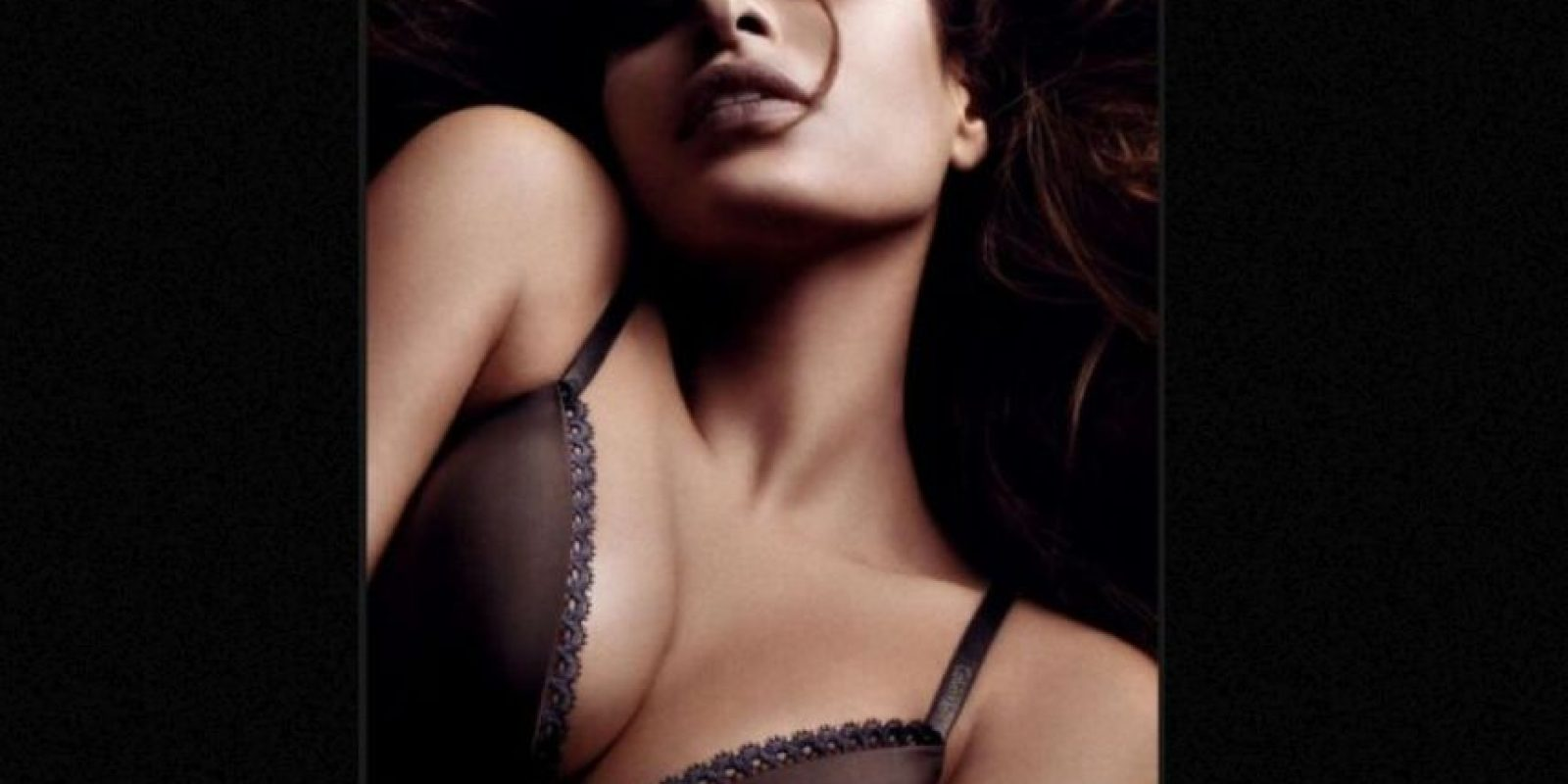 Eva Mendes modeló en 2008. Foto:Calvin Klein