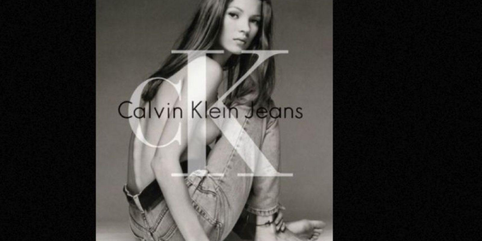 Sigue siendo icónica su foto para este anuncio. Foto:Calvin Klein