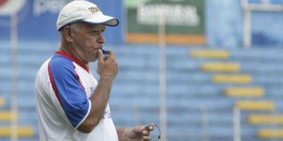 El técnico nacional Walter Claverí intentará hacer la hazaña de clasificar a Suchi a su tercera final de Liga Nacional. Foto:Publinews